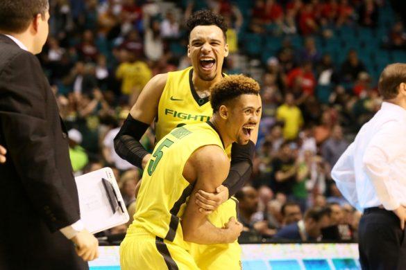 Oregon flies high, wins Pac-12 Tournament