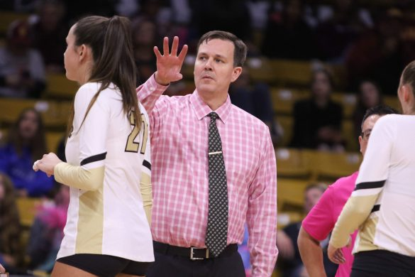 Buffs volleyball drops three close sets in eventual loss to USC