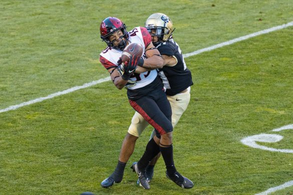 CU's defense boosts Buffs to 3-0